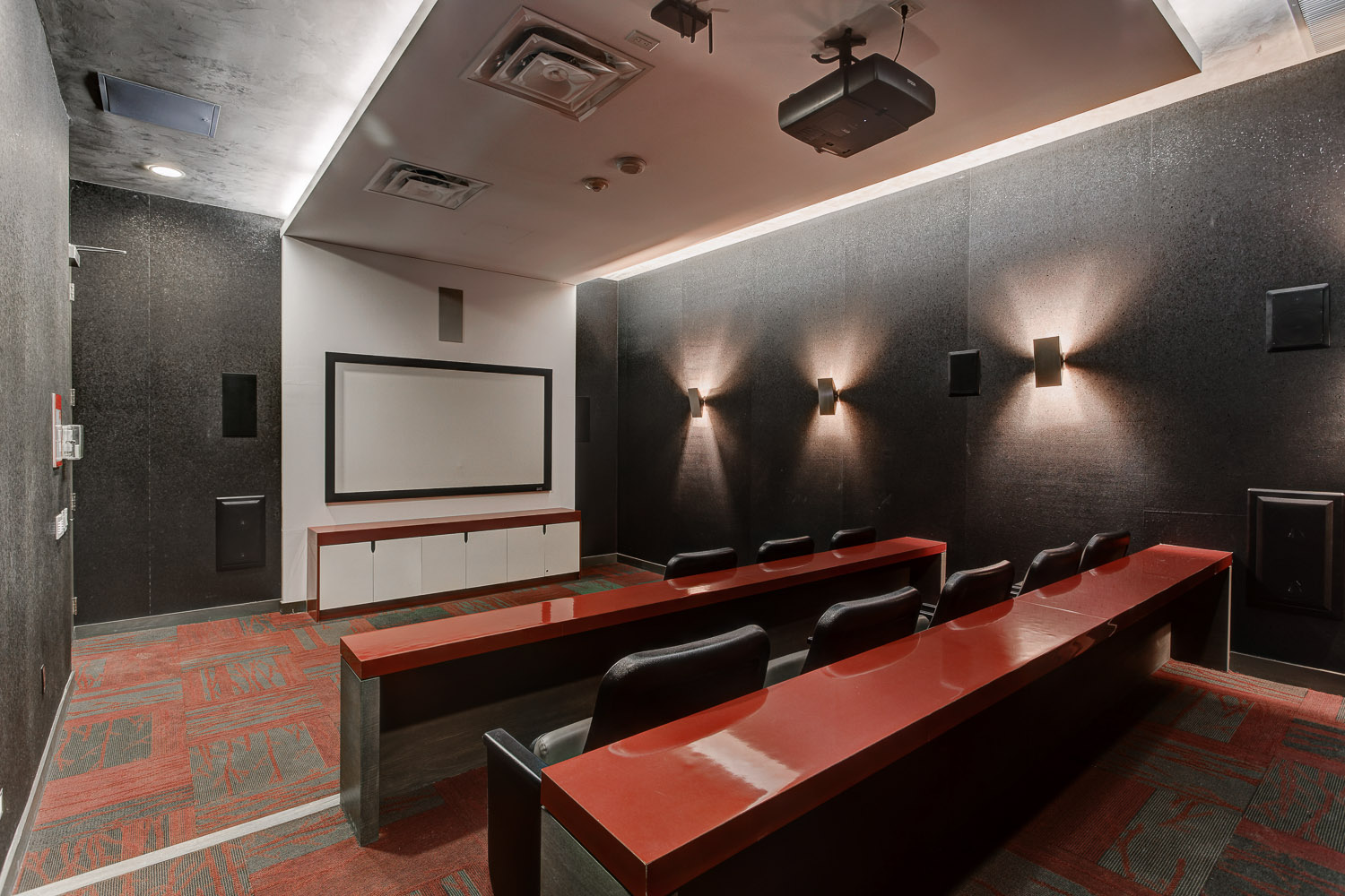 23 Cinema room